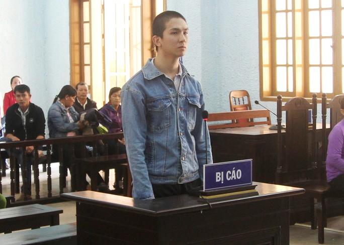Giết người cưỡng hôn bạn gái, nam thanh niên lãnh án 17 năm tù - Ảnh 1.