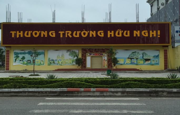 Khởi tố vụ ông chủ Trung Quốc buôn hàng cấm ở TP biên giới Móng Cái - Ảnh 1.