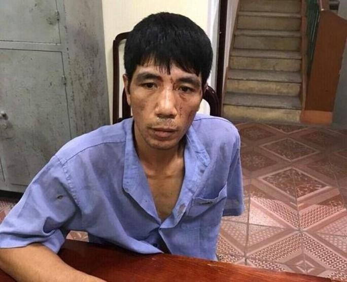 Truy bắt người đàn ông tình nghi, 3 cảnh sát bị phơi nhiễm HIV - Ảnh 1.
