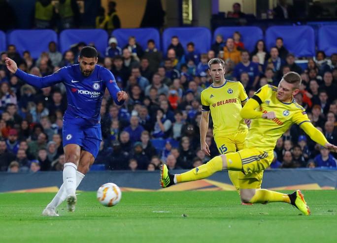 Sao lạ Loftus-Cheek lập hat-trick, Chelsea bay cao ở London - Ảnh 3.