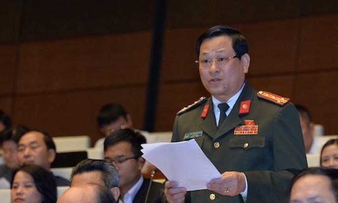 Đại biểu QH lo lắng đường cao tốc Đà Nẵng - Quảng Ngãi 34.000 tỉ đồng vừa mưa đã hỏng - Ảnh 1.