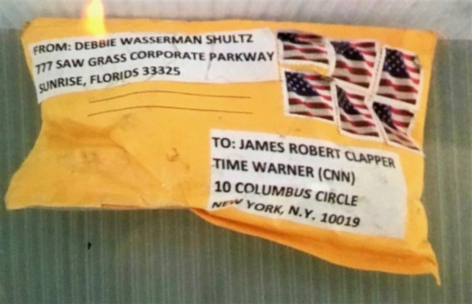 Mỹ: Một nghi can gửi bom thư bị bắt - Ảnh 4.