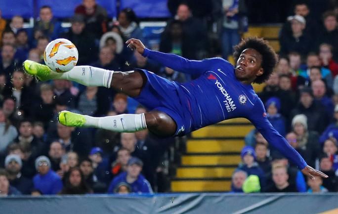 Sao lạ Loftus-Cheek lập hat-trick, Chelsea bay cao ở London - Ảnh 2.