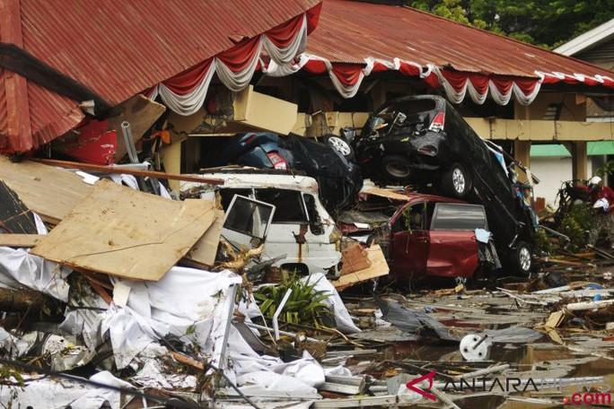 """indonesia thiệt hại """"khủng"""" vì động đất"""