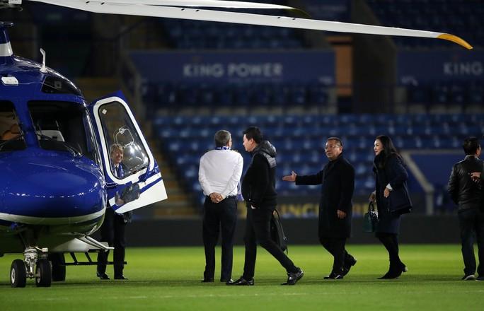 Máy bay Chủ tịch Leicester gặp nạn, bốc cháy bên ngoài sân King Power - Ảnh 5.