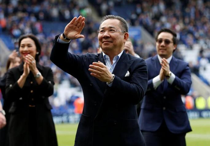 """CĐV Leicester: Chúng tôi nợ ông chủ tỉ phú quá cố """"tất cả mọi thứ"""" - Ảnh 1."""