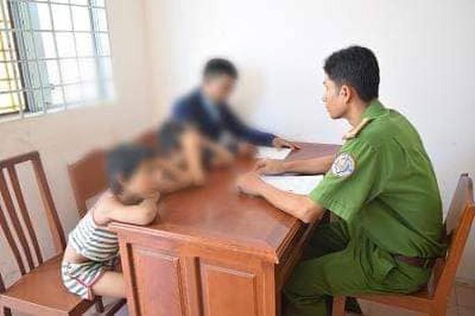 Hy hữu 2 cháu bé 7 tuổi và 9 tuổi thực hiện trót lọt 25 vụ trộm - Ảnh 1.