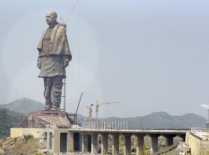 Ấn Độ: Tượng đài 430 triệu USD gây bức xúc - Ảnh 1.