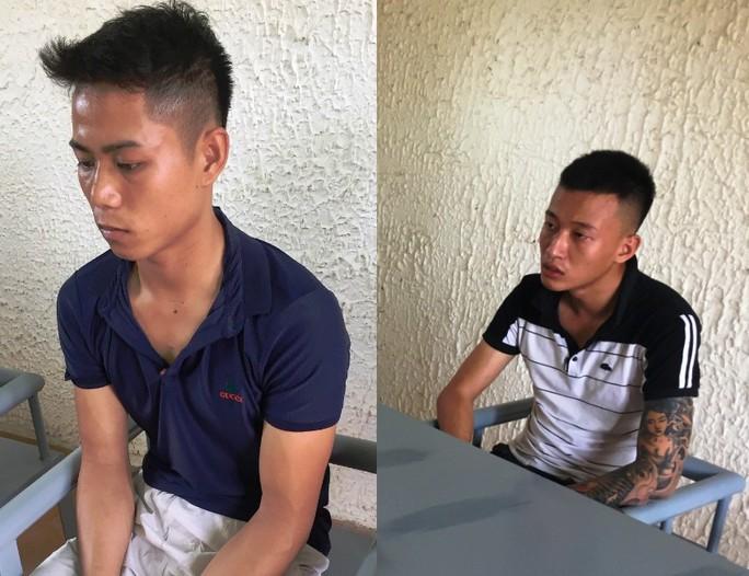 Mâu thuẫn giá vé, hai thanh niên đâm chết tài xế xe khách - Ảnh 1.