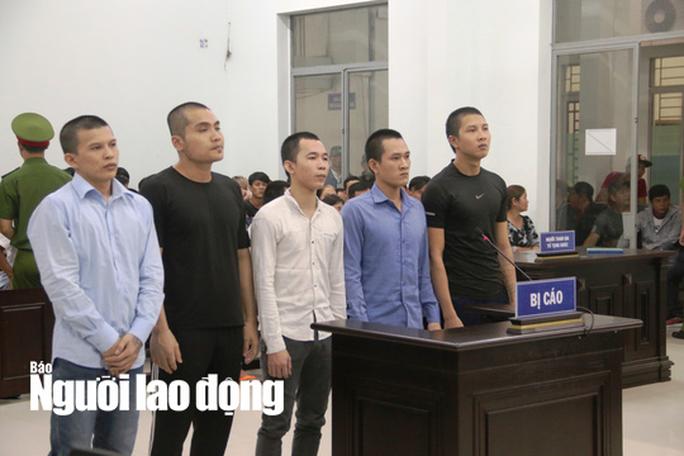Giám đốc độc chiếm Điệp Sơn hầu tòa vì chém người - Ảnh 1.