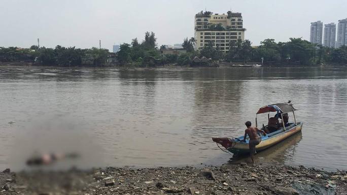 Phát hiện xác nam thanh niên trên sông Sài Gòn - Ảnh 1.