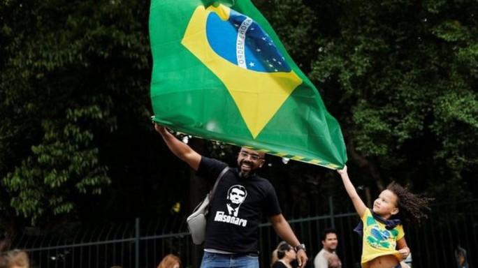 Hồi kết cho chiến dịch chính trị bạo lực nhất lịch sử Brazil  - Ảnh 2.