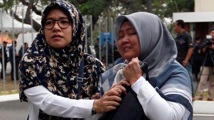 Rơi máy bay Indonesia: Phát hiện các phần thi thể - Ảnh 5.