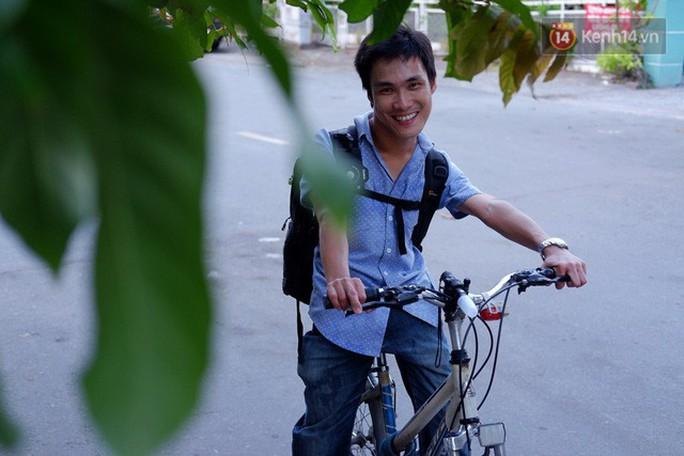 Nghị lực phi thường của chàng nhiếp ảnh khuyết tật ở Sài Gòn - Ảnh 8.