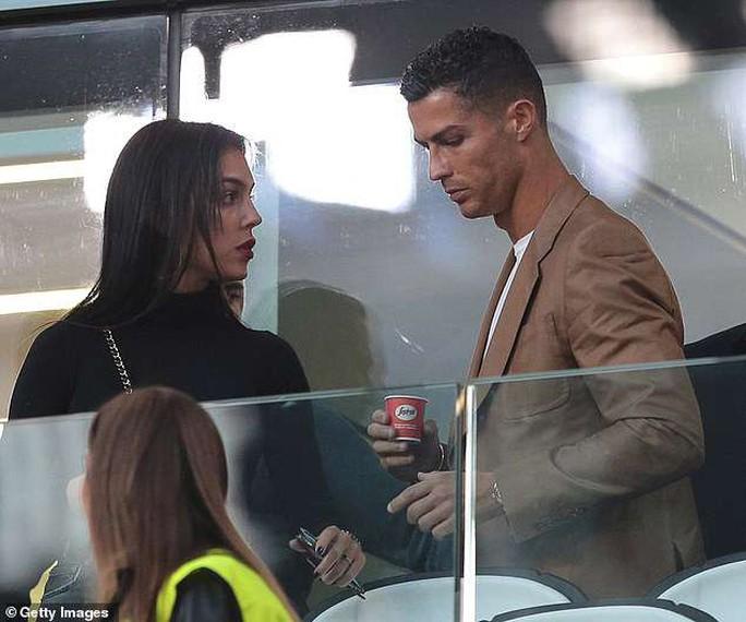 Ronaldo phủ nhận toàn bộ cáo buộc hiếp dâm năm 2009 - Ảnh 5.