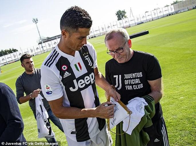 Ronaldo phủ nhận toàn bộ cáo buộc hiếp dâm năm 2009 - Ảnh 4.