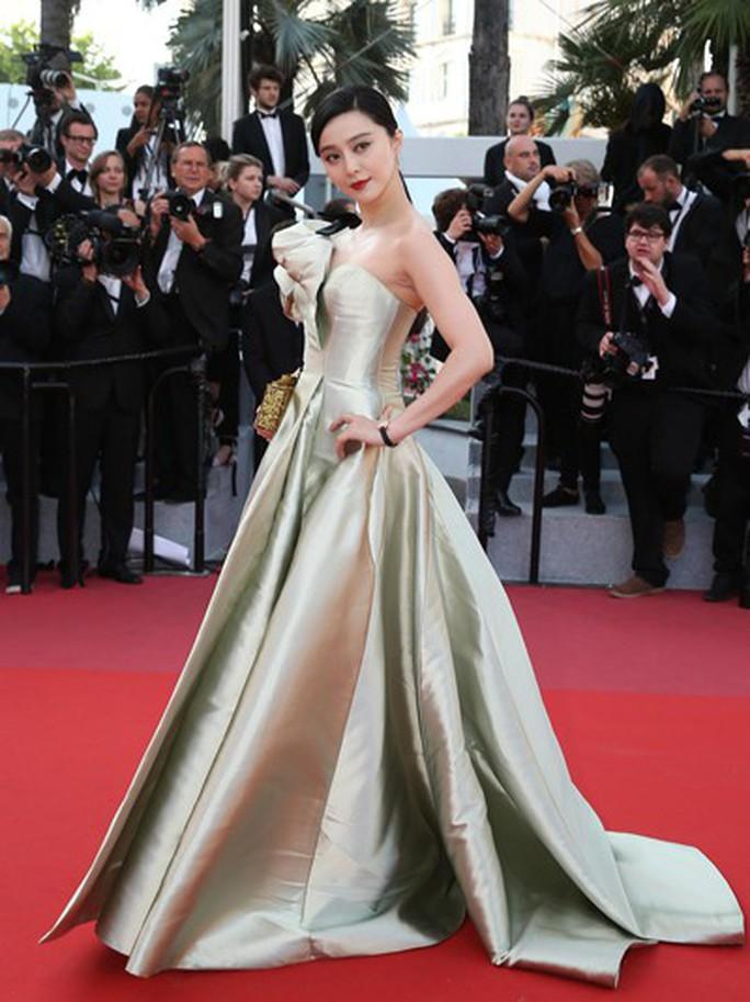 Vụ Phạm Băng Băng khiến điện ảnh Trung Quốc đình trệ - Ảnh 2.