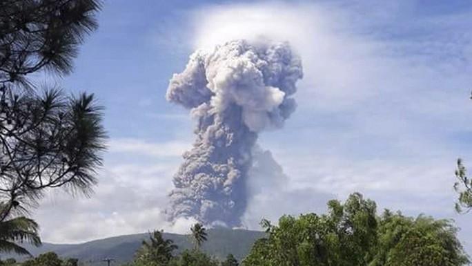 Đảo Sulawesi: Núi lửa thức giấc sau thảm họa động đất, sóng thần - Ảnh 1.