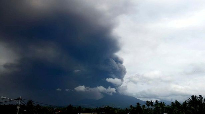 Đảo Sulawesi: Núi lửa thức giấc sau thảm họa động đất, sóng thần - Ảnh 2.