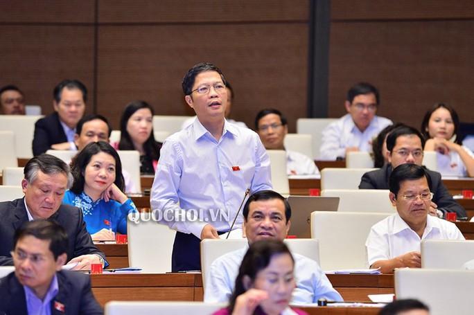Bộ trưởng Trần Tuấn Anh nói gì về việc thuế giảm nhưng giá ô tô không giảm? - Ảnh 2.