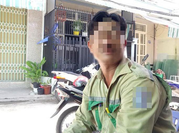Vụ đổi 100 USD: Ông thợ điện nộp đơn xin miễn phạt 90 triệu đồng - Ảnh 1.
