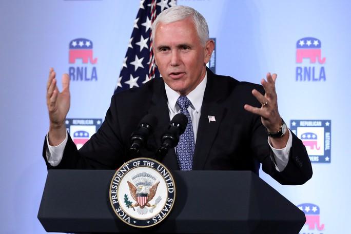 Phó Tổng thống Pence: Mỹ sẽ không rút lui ở biển Đông - Ảnh 1.