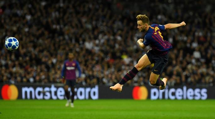 Messi nhảy tango tại Wembley, Tottenham thảm bại sân nhà - Ảnh 3.