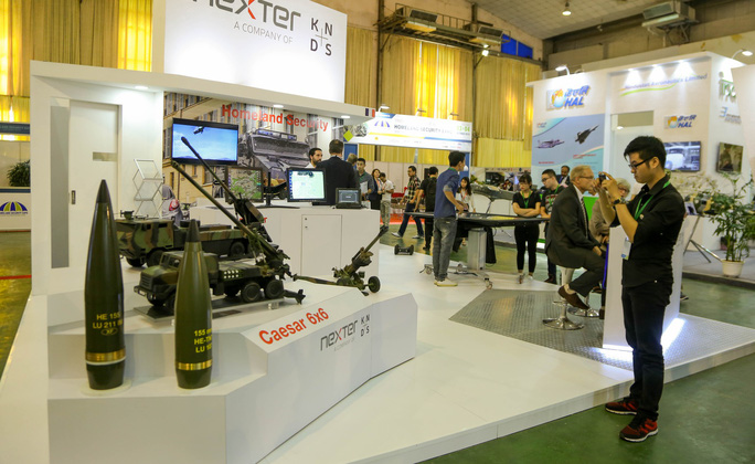 Tận tay cầm vũ khí tối tân trong triển lãm quốc tế về an ninh tại Hà Nội - Ảnh 9.