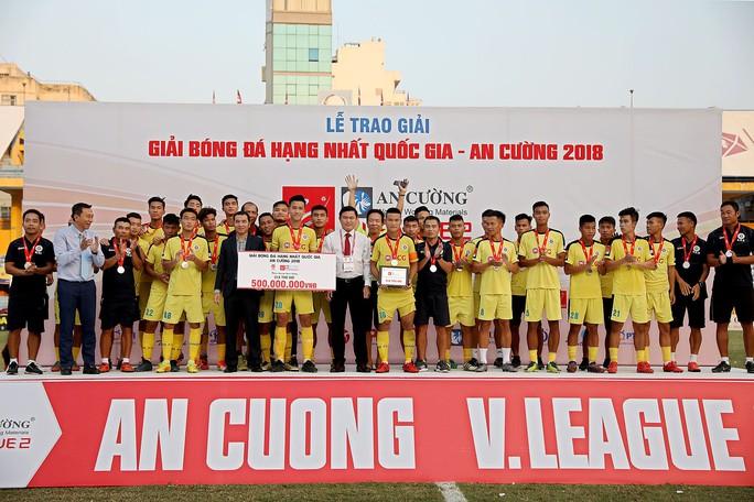 Viettel chính thức lên V-League, CAND rớt xuống Giải Hạng nhì - Ảnh 6.