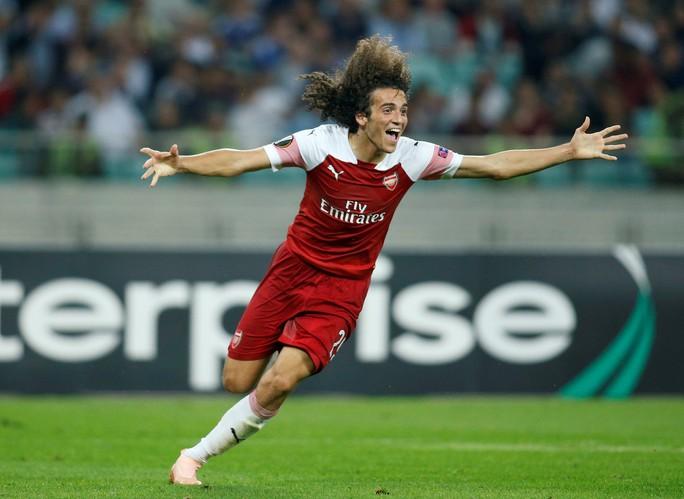Đè bẹp Qarabag, Arsenal mở cửa thiên đường thứ 8 - Ảnh 4.