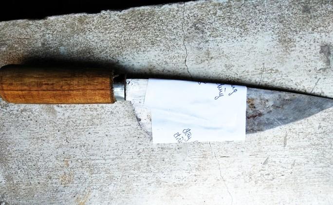 Cầm dao đâm người quậy phá quán nhậu tử vong rồi đến Công an đầu thú - Ảnh 2.