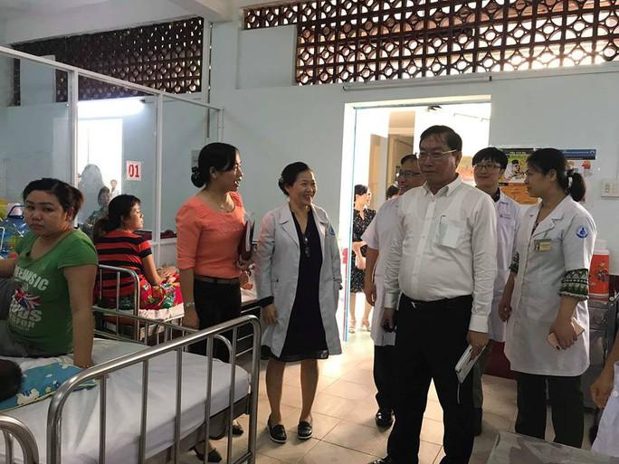 TP HCM: 27 trẻ lây bệnh tay chân miệng trong 1 trường học - Ảnh 1.