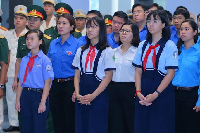 TP HCM: Xúc động tiễn biệt nguyên Tổng Bí thư Đỗ Mười - Ảnh 3.