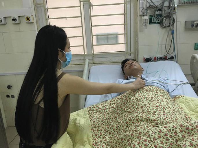 Tuấn Hưng nhập viện sau khi liveshow bị hủy đột ngột - Ảnh 1.
