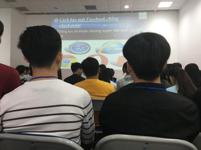 Việc làm ảo tràn lan mạng xã hội: Bên trong lớp học kinh doanh online - Ảnh 1.