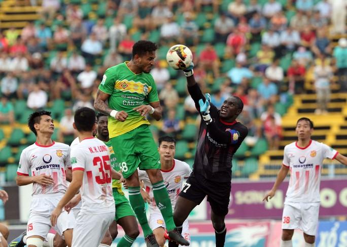 Đẩy XSKT Cần Thơ rớt hạng, Nam Định giành suất tranh vé vớt V-League 2019 - Ảnh 4.