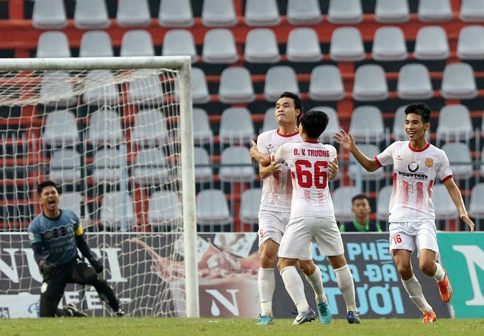 Đẩy XSKT Cần Thơ rớt hạng, Nam Định giành suất tranh vé vớt V-League 2019 - Ảnh 6.