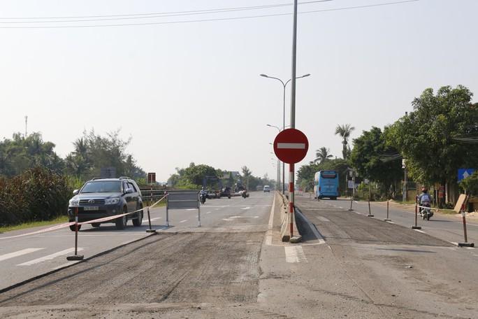 Cận cảnh vá víu quốc lộ ngàn tỉ ở Quảng Nam - Ảnh 6.