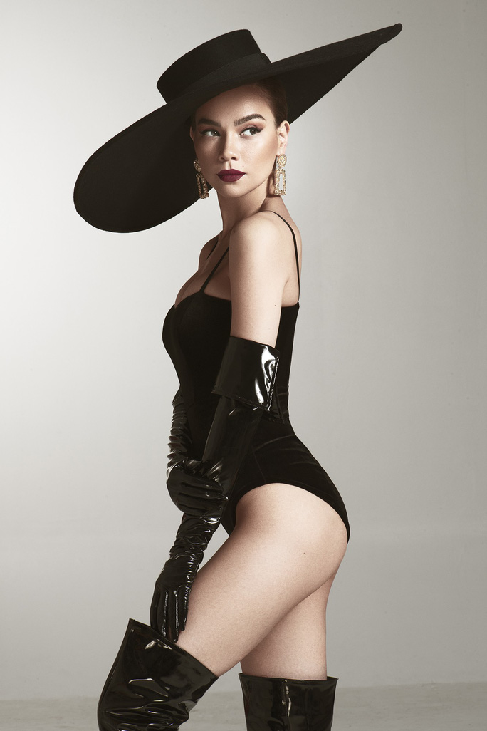 Giám khảo khách mời Asia's Next Top Model Hồ Ngọc Hà khoe dáng nóng bỏng - Ảnh 1.