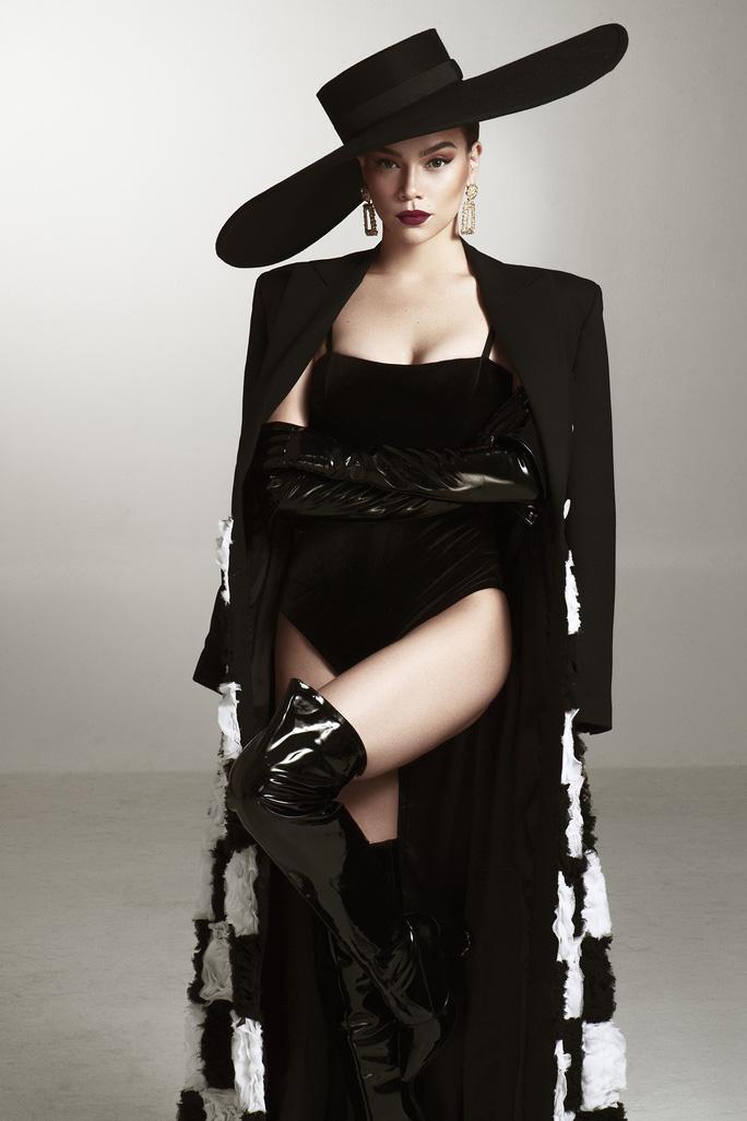 Giám khảo khách mời Asia's Next Top Model Hồ Ngọc Hà khoe dáng nóng bỏng - Ảnh 5.