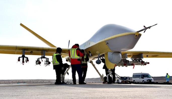 Ấn Độ vừa mua tên lửa Nga, Trung Quốc bán ngay UAV cho Pakistan - Ảnh 1.