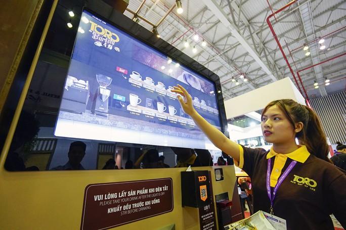 Máy bán cà phê rang xay tự động đầu tiên tại Việt Nam - Ảnh 8.