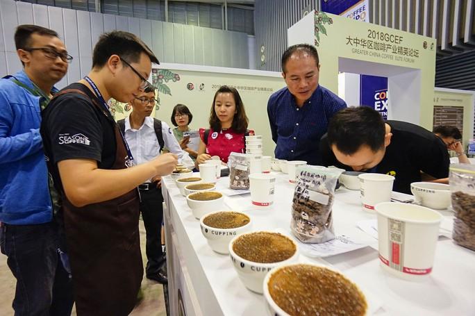 Máy bán cà phê rang xay tự động đầu tiên tại Việt Nam - Ảnh 13.