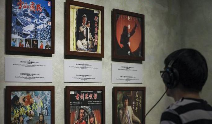 Tang lễ nhà văn Kim Dung được tổ chức riêng tư theo di chúc - Ảnh 7.