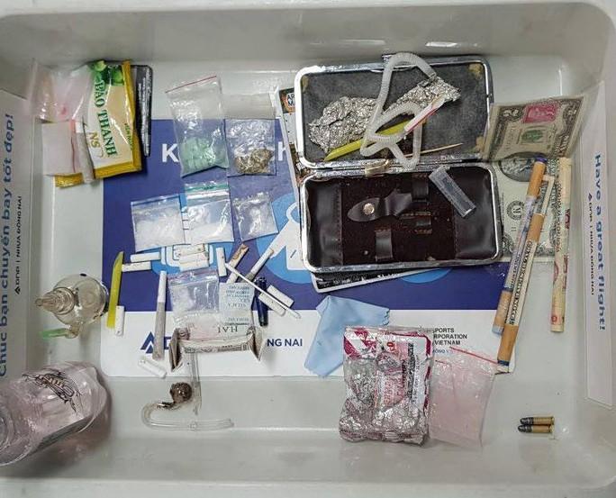 Phát hiện hàng loạt vụ vận chuyển ma túy ở sân bay Cam Ranh - Ảnh 1.