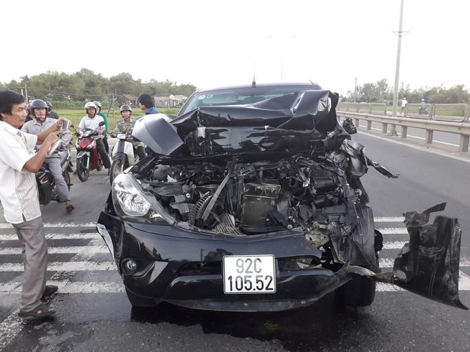 Tai nạn kinh hoàng giữa 2 xe tải, ô tô Mazda BT50 và 2 xe máy - Ảnh 5.