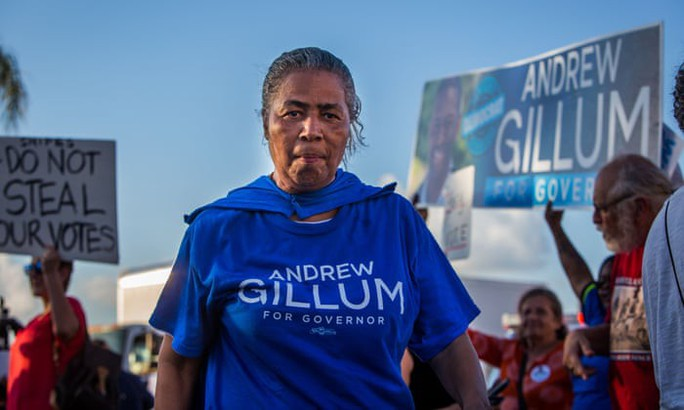 Bầu cử Mỹ: Bang Florida bất ngờ kiểm phiếu lại, gợi ký ức vụ Bush-Al Gore - Ảnh 1.
