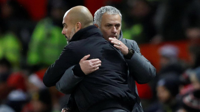 Guardiola cảm thương Mourinho trước trận derby Manchester - Ảnh 1.