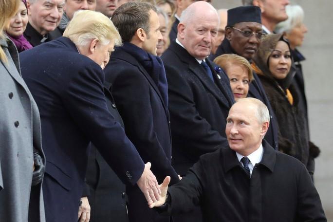 Tổng thống Pháp không nể mặt ông Trump - Ảnh 1.