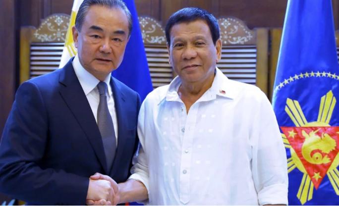 Philippines: Sợ mắc bẫy khai thác chung ở biển Đông của Trung Quốc - Ảnh 1.